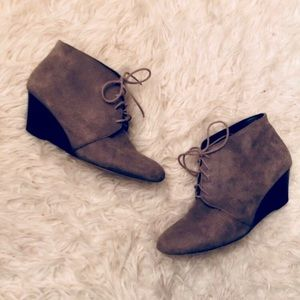 Sole Society Delma Wedge Boots